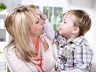 Син хочет маму но мами месячные видео фото 505-801
